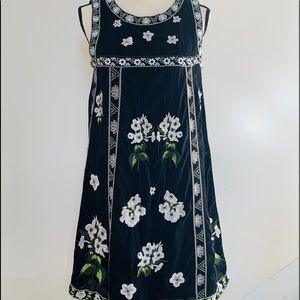 Neiman Marcus   Blue floral Shift Dress